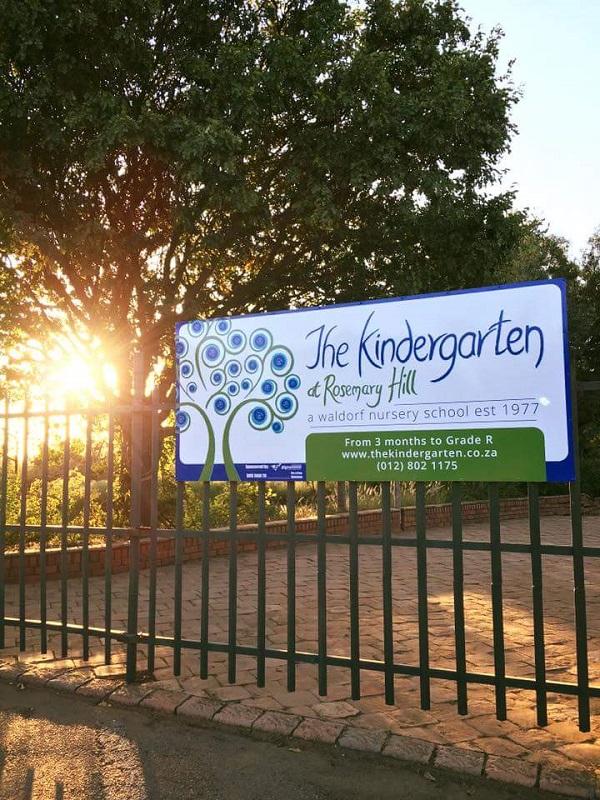 KG-Gate-Signage